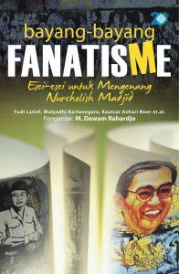 cover-buku_di-bawah-bayang-bayang-fanatisisme